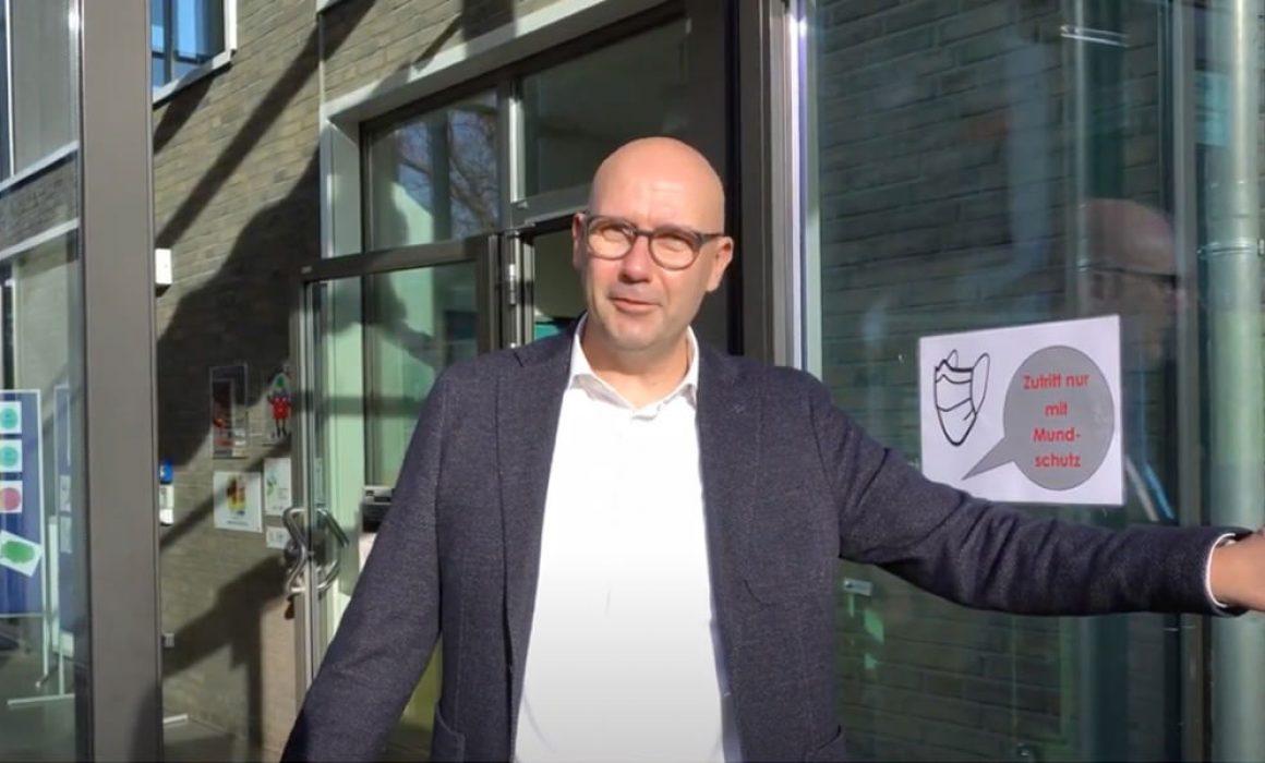 Videotitelbild_Herzlich-Willkommen.jpg